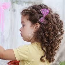 تسريحات اطفال للشعر المجعد القصير تسريحات اطفال للشعر المجعد
