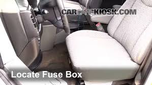 interior fuse box location 1996 2017 chevrolet express 3500 2007 locate interior fuse box and remove cover