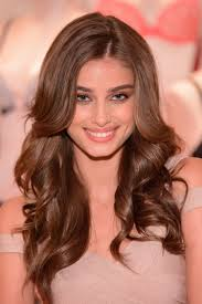 makeup how to apply your eyeliner like victoria s secret angel taylor hill glamour