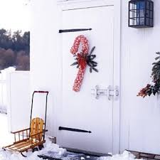 How To Decorate A Cane 100 Fun Candy Cane Christmas Décor Ideas For Your Home DigsDigs 57