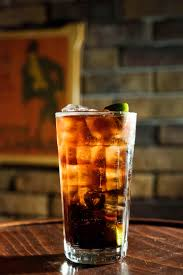 Pour in 45ml (1 1/2 shots) of the kraken spiced rum and top with ginger beer. The Mix Here S Four Cracking Kraken Drinks Australianbartender Com Au
