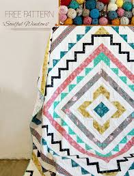 You'll Love These 18 Free & Easy Quilt Patterns - DIY Joy & Free Sewing Patterns | DIY Room Decor Ideas | Geometric Quilt Tutorial |  DIY Projects & Adamdwight.com