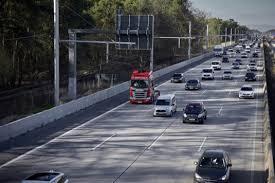 Jak funguje elektrifikovaná dálnice? Známe podrobnosti | Hybrid.cz