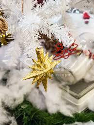 Weihnachtsstern Auf Weißen Weihnachtsbaum Weichzeichner