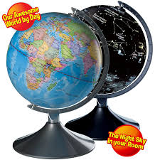 Amazon.com: Interactive Globe for Kids, 2 in 1, Day View World Globe and  Night View Illuminated Constellation Map: Office Products