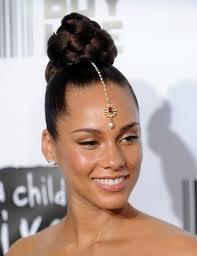 13top bun with hair jewel