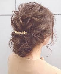 結婚式の髪型ミディアムヘアおすすめヘアアレンジを紹介