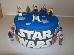 Star Wars Lego Decorations Lego Star Wars Cake Ideas Cake Decorating Pinterest Gold