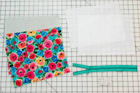 diy cosmetic case free sewing pattern