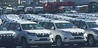 2018 toyota land cruiser prado. simple toyota we donu0027t expect there to be a great deal of change on the engine front  with toyota expected retain current 28litre turbocharged fourcylinder  inside 2018 toyota land cruiser prado r