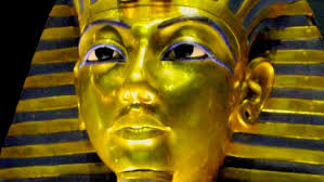 best ideas about king tut essay essay the tomb of tutankhamen online essays king tut