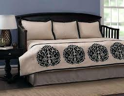 white day bed bedding white daybed bedding solid color daybed bedding sets ideas comforter for daybed