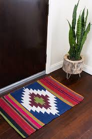 easy diy rugs and handmade rug making project ideas diy painted rug kilim style