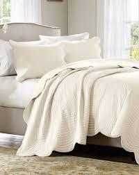 ivory matelasse 3pc king coverlet set cottage quilt cream tile bedding