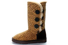 UGG Bailey Button Triplet Boots 1873 Leopard
