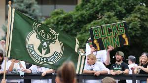 Bucks fans bask in team's first title ...