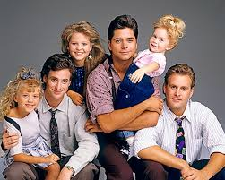 fuller house tv show 2015. Wonderful 2015 Fuller House Will Premiere On Netflix Next Year And The Cast Is Getting  Ready To Bring Tanner Family Back Television The Revival Focus DJ  For Tv Show 2015