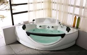 nice large jetted tub whirlpool bath the windermere