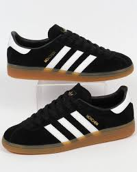 adidas trainers. adidas trainers munchen black/white g