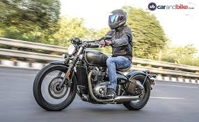 2017 triumph bonneville bobber test ride review ndtv carandbike