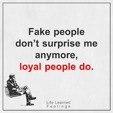 Love Is Fake Quotes Mesmerizing Short Love Quotes Fake People Don't Surprise Me Anymore Loyal