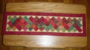 Endearing Free Table Runner Quilt Pattern Free Quilted Table ... & Soothing Images About Crafty Quilt Table Runner Per On Quilt Table Runners  in Quilted Table Runners Adamdwight.com