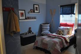 Guy Bedroom Ideas Guys Bedroom Best 20 Guy Bedroom Ideas On Pinterest Office Room