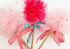 diy princess party decorations learn how to make tulle pom pom wands arrange tulle