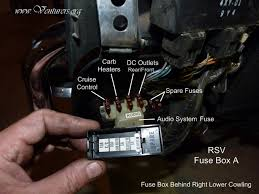 the venturers yamaha venture technical support library fuse box b is located behind the left side cover to remove the side cover just remove the rear bolt in cover and pull the cover off