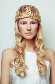 Mittelalterliche Frisuren 15 Prunkvolle Und Aufwendige