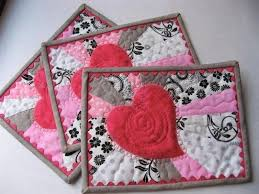 free quilt block patterns for valentines day 2 valentine quilted radiant heart mug rugs