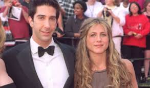 Jennifer aniston and david schwimmer are reportedly dating. Hiqrbr0lk Eadm
