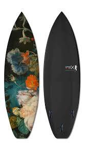 Boom-Art  Surfer avec des oeuvres d'art