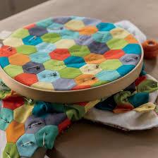 Best 25+ Hand quilting ideas on Pinterest | DIY hand quilting ... & How to Quilt by Hand - DIY Adamdwight.com