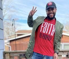 Black People Eats' Jeremy Joyce Is Highlighting Chicago's Black-Owned  Restaurants - Travel Noire