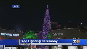 Cbs Christmas Tree Lighting The Worlds Tallest Live Cut Christmas Tree Lights Up At Citadel Outlets