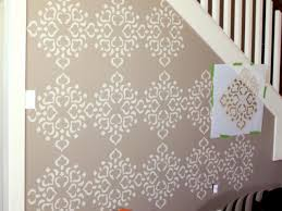 extend design to wall edges paint stencil
