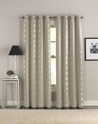 Stylish Living Room Curtains Wooden Curtain Rods For Your Curtain Stylish Looks Designoursign