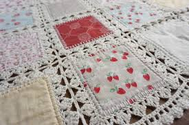 High Tea Crochet Quilt Tutorial | Quilting in the Rain & When planning what quilts to make for market, Tiffany knew she wanted to  incorporate some kind of lace or crochet look as inspired by my doile rose  print. Adamdwight.com