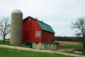 barn quilt - daily yarns 'n more & Hwy 51 quilt barn Adamdwight.com