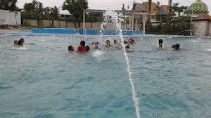 Selain itu di dynasty water world menyediakan berbagai kolam renang lengkap dengan wahana airnya yang fantastik. Kolam Renang Surya Water Boom Kolam Renang