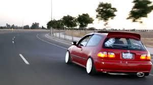Luis's 92 Honda Civic Si [Hellaflush] - YouTube