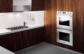 complete sets van de ingebouwde huishoudelijke apparaten