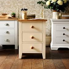 Superior ... Cream Bedroom Furniture With Oak Top Vivo Furniture ...