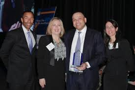 NHS Honors Chicago Treasurer Kurt Summers with a 2016 Community Impact Award