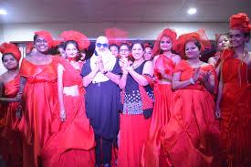 Singh Designer Veteran Bollywood Fashion Designer And Big Boss Contestant