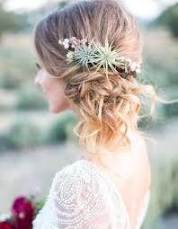Coiffure De Mariage 2017 Fleur Cheveux Un Mariage Bohème