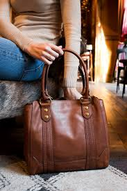 this bag is perfect for the on the go girl looking for a functional bag that doesn t sacrifice quality or style