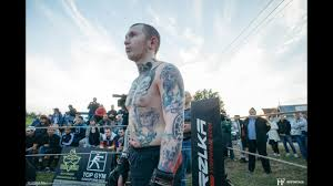 Tattoo Master Against Fighter Without Rules Classy Fight