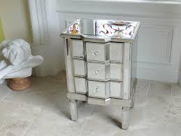 mirrored bedside table. home/bedroom/bedside units/mirrored bedside cabinet mirrored table
